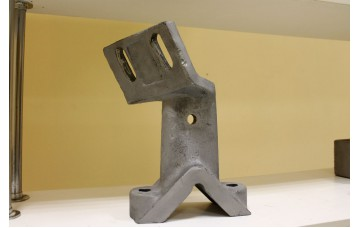 Стойка смесителя левая 1690 L